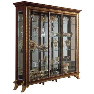 3/doors china cabinet