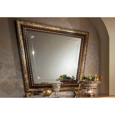 Mirror for 3/Dr. dresser (and dressing table)
