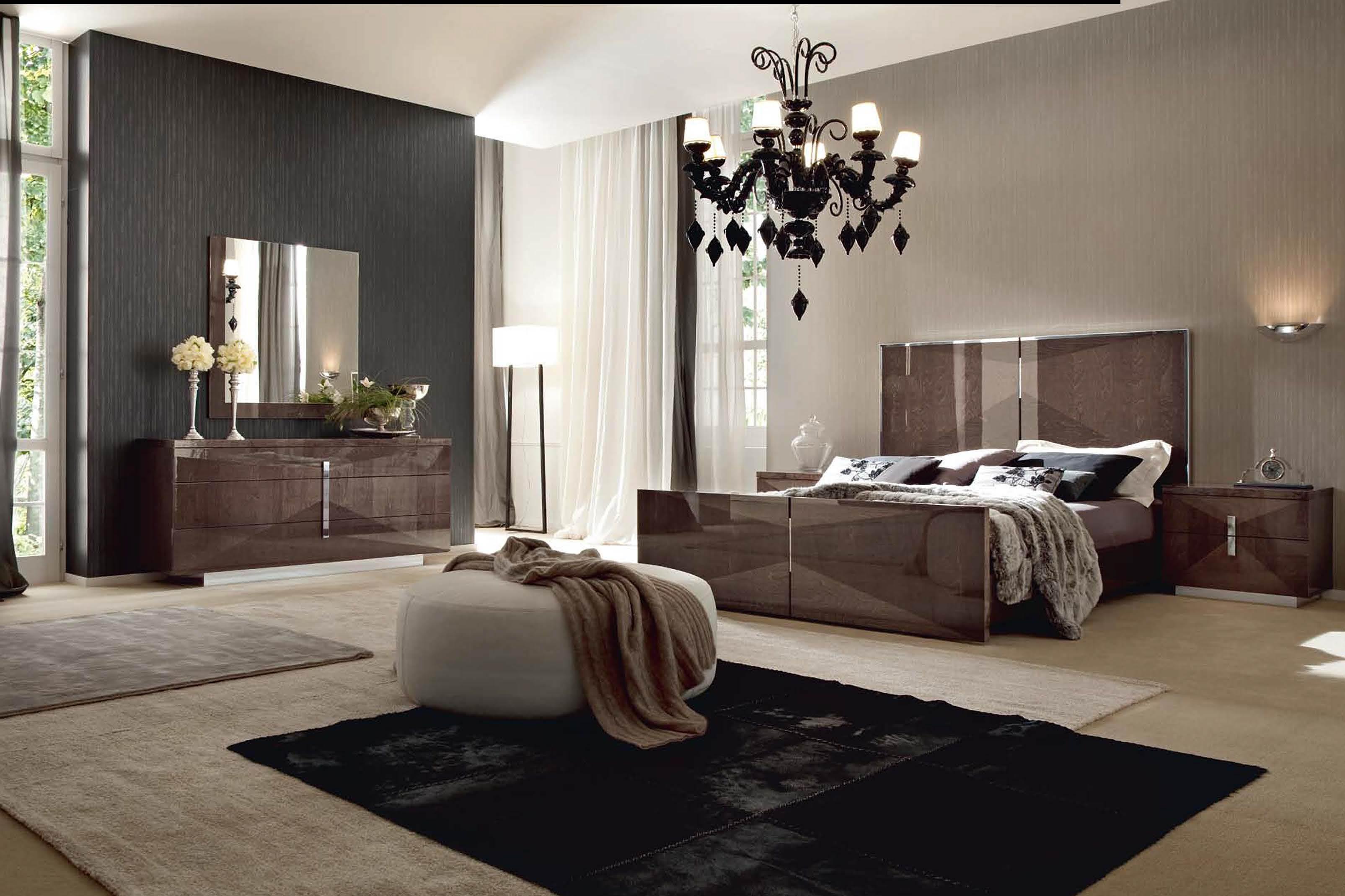 Eva Bed Room