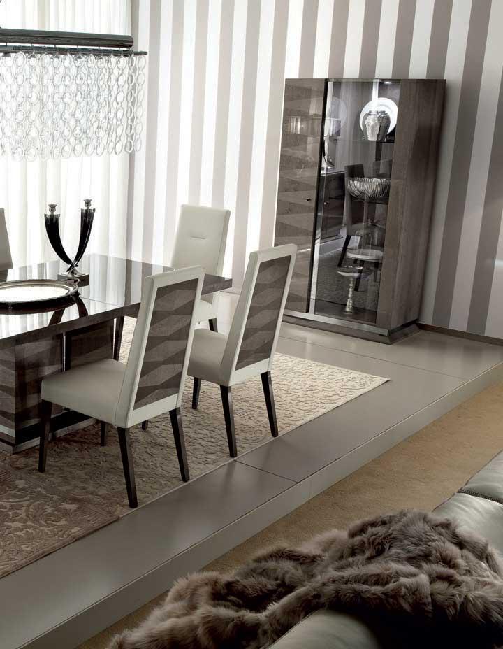 MONACO Dining Room